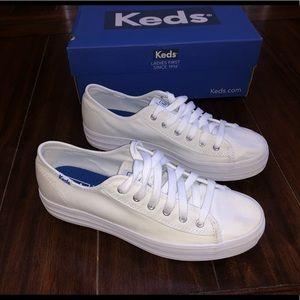 Less Triple Kick White Shoes